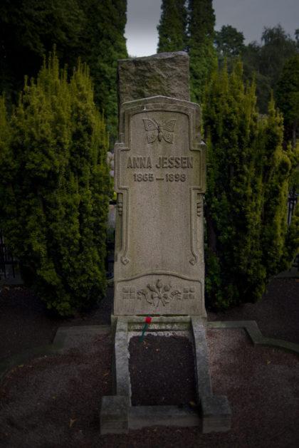 Anna Jessen's gravsten på St Pauli kyrkogård i Malmö.
